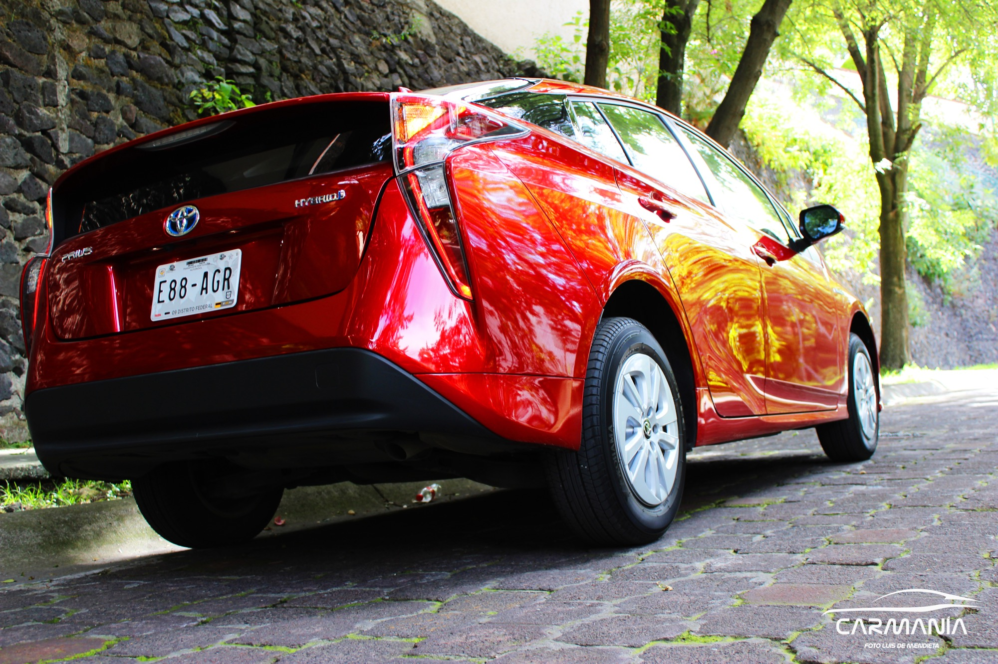 Test Drive CarManía – Toyota Prius