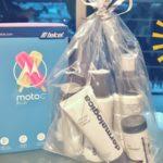 Participa y Podrías Estrenar un Teléfono MotoC Plus y un Kit de Productos para el Cuidado de la Piel
