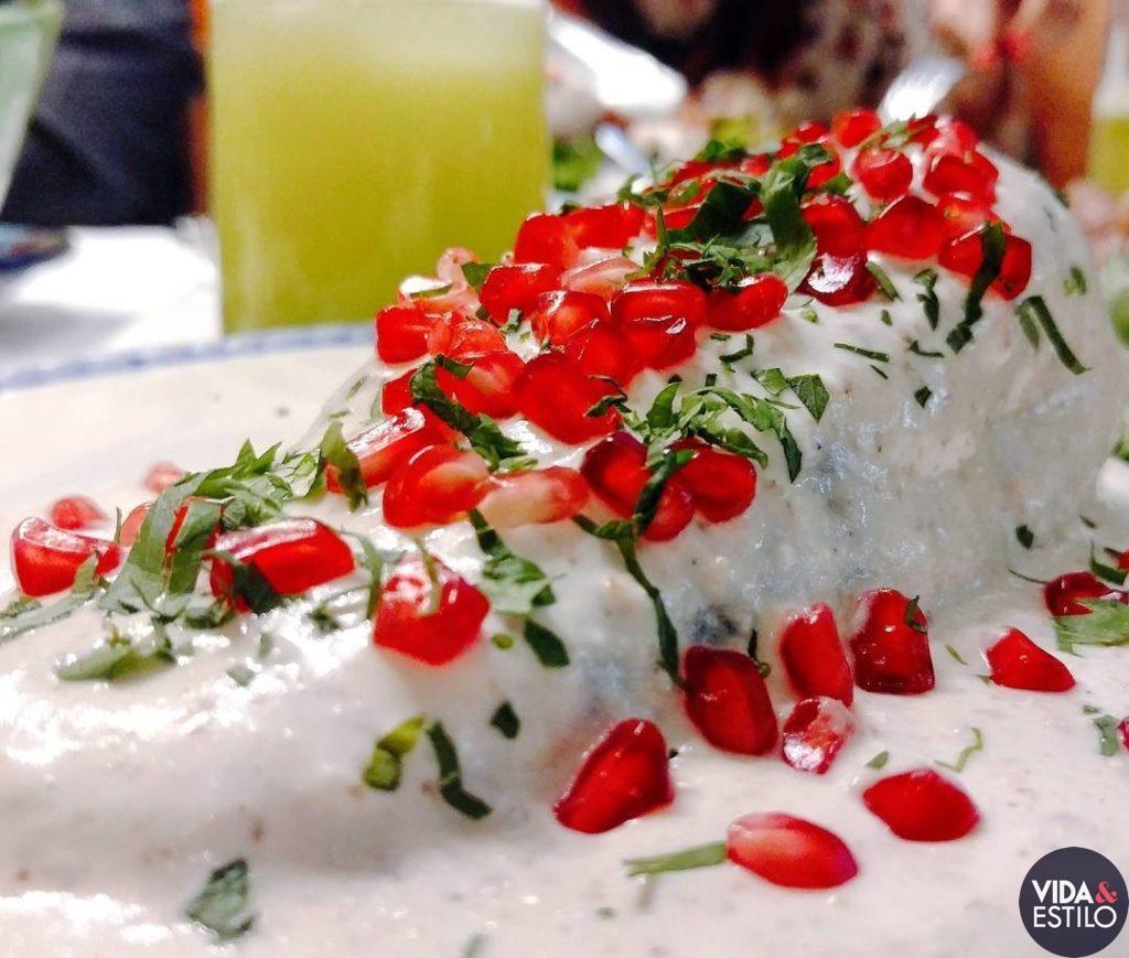 chiles en nogada en la ciudad de mexico