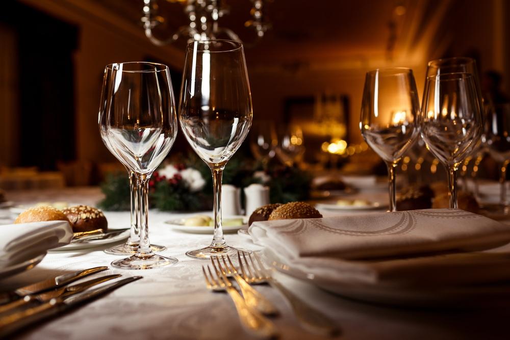 Participa en la cena a la francesa m s grande del mundo for Cenas francesas