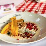 El chile en nogada de Gino's es excelente en sabor y precio