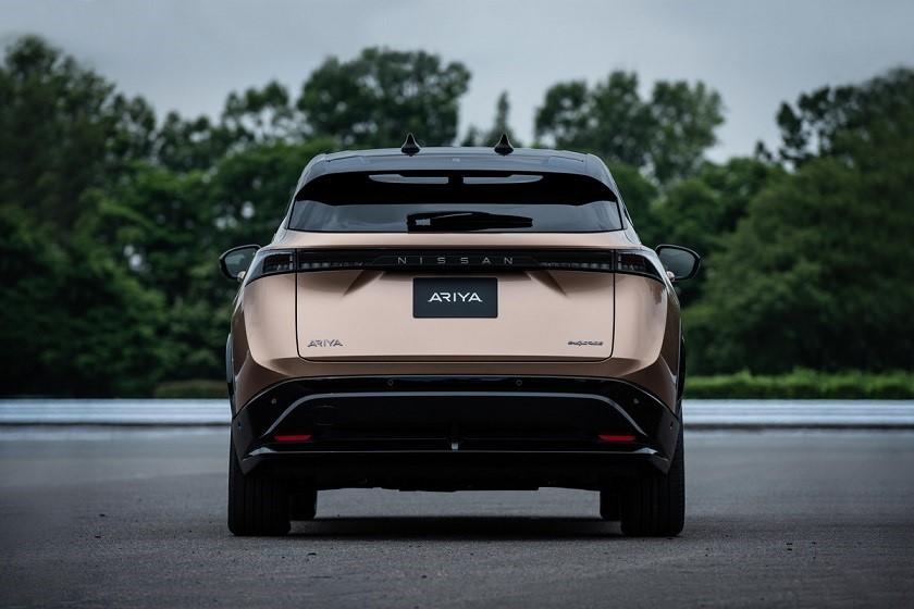 Parte trasera del Nissan Ariya